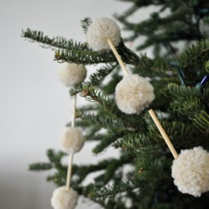 tree-pom_christmas_elsie-marley-crafts